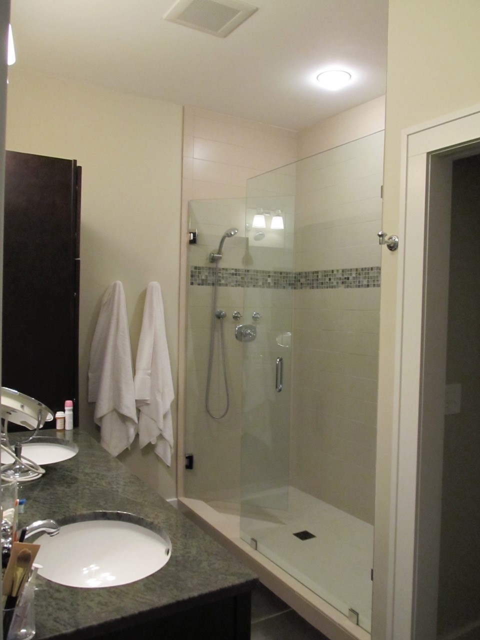 Bathroom Fixtures Grand Rapids Michigan heritage hill association apartment and home sales list 9/27/2017